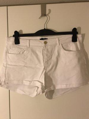 Weiße kurzeJeans-Shorts