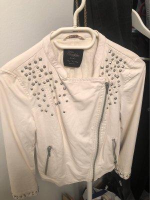 Weiße Lederjacke Zara mit Nieten