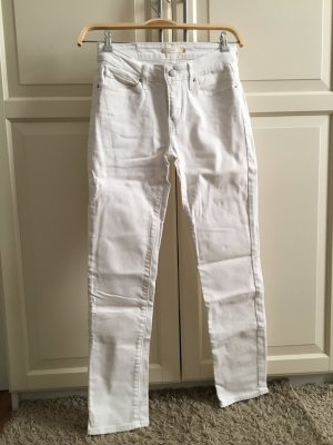 weiße Levis Jeans