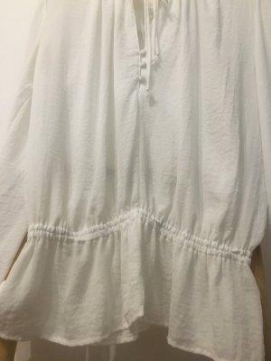 weiße lockere Bluse