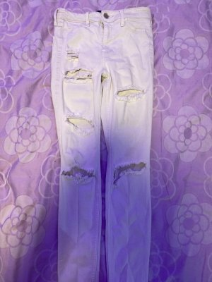 Weiße Löcher Jeans