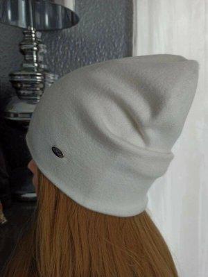 Bonnet blanc acrylique