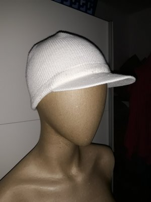 weiße Mütze Wintermütze Schirmmütze