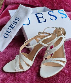 Guess Sandalen met bandjes en hoge hakken wit