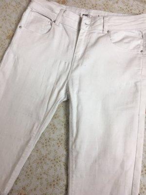 Weiße ripped Jeanshose