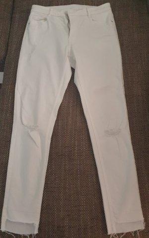 Weiße Röhren-Jeans