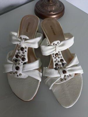 Weiße Sandaletten von Graceland, Größe 37 mit Schmucksteinen