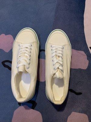 unbekannte Sailing Shoes cream-natural white