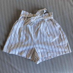 Weiße Shorts Paperbag Style zum binden