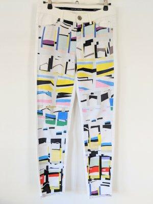 Weiße Skinny Jeans von Marc Cain mit grafischem Muster vorne
