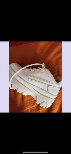 New Look Sneaker con tacco bianco
