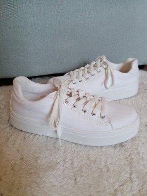 Weiße Sneaker mit Plateau Größe 39