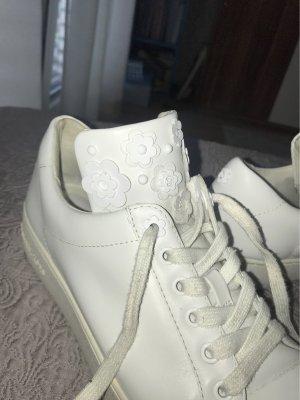 Weiße Sneakers von Michael Kors