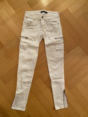 Weiße Stretch Jean mit Taschen und Reißverschluss