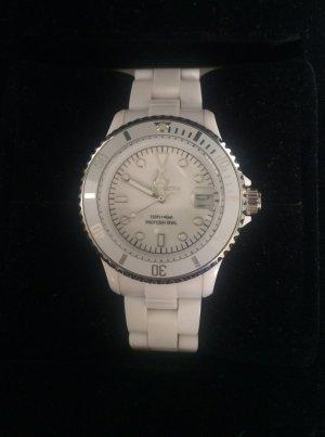 Weiße TOYWATCH Armbanduhr