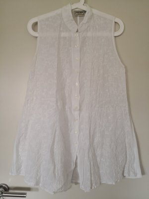 another woman Sleeveless Blouse white