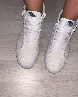 Vans Skater Shoes white