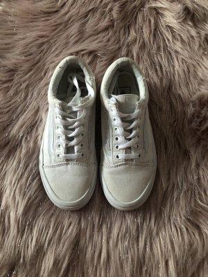 Weiße Vans Sneaker