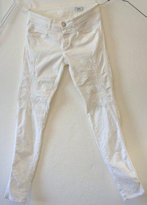 Weiße weiche komfortable Jeanshose von der Marke CLOSED, Gr. 28