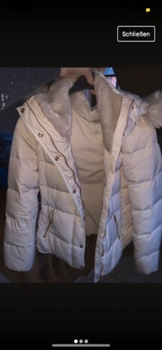 Weiße Winterjacke Zara