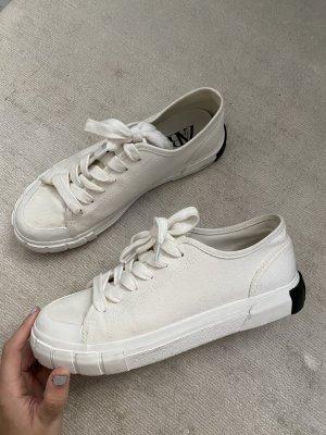Weiße Zara Sneaker - nur 1x getragen