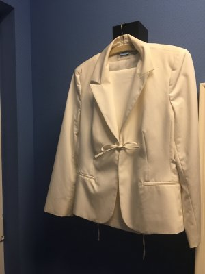 Weißer Anzug von More and More