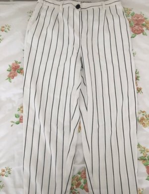 Bershka Chinos white-black