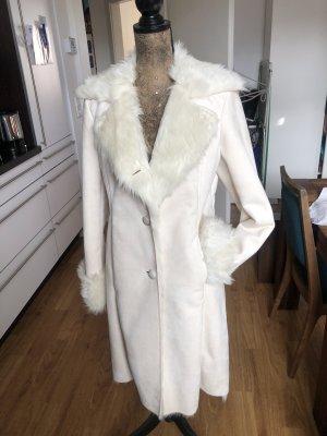 Weißer Faux Fur Mantel von Esprit