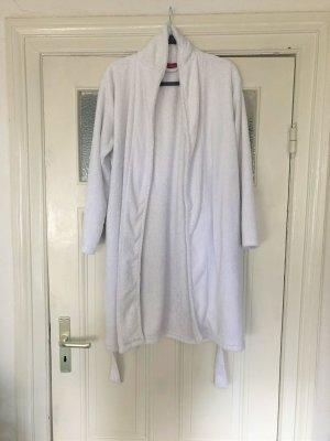 Weißer halblanger Bademantel mit Seitentaschen