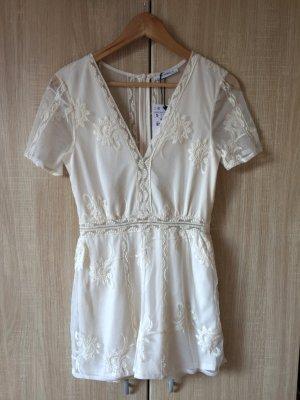 Weißer kurzer Jumpsuit, Spitzen Overall von Zara, Gr. S (NEU)