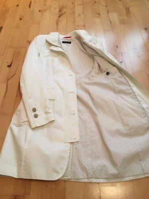 Weißer Mantel von Cinque