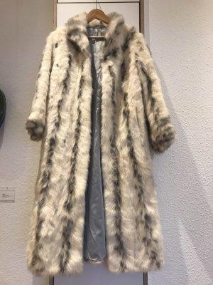 Saga Mink Manteau de fourrure blanc-argenté pelage