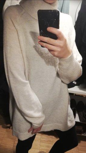 weißer oversized Pullover