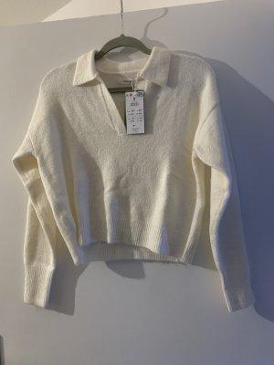Weisser Pullover kurz weich kragen