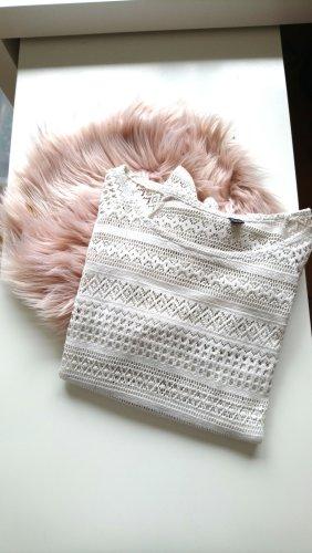 weißer Pullover mit Lochmuster von pimkie