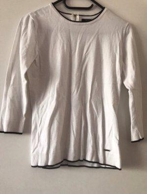 Weißer Pullover mit Reißverschluss