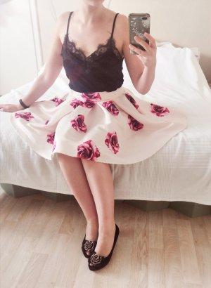 Weißer Rock mit Pinken Rosen