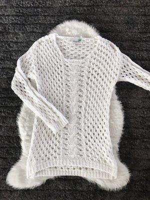 Warkoczowy sweter biały