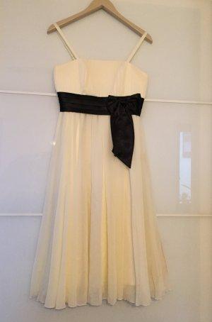 Weißes Abendkleid mit Schleife Größe 36