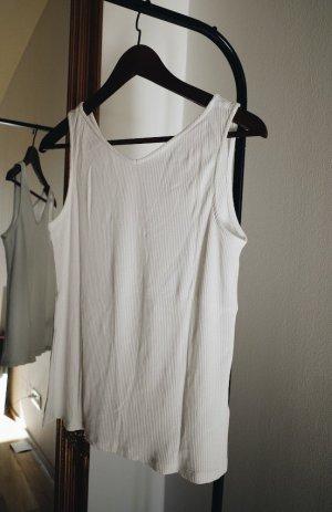 weißes ärmelloses Shirt