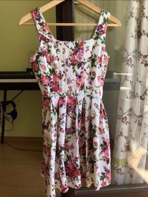Weißes Babydollkleid mit Blumenmuster FB Sister XS