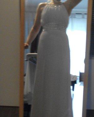 weißes, bodenlanges Abendkleid
