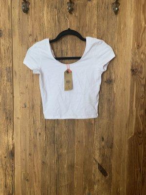 weißes cropped tshirt