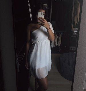 Weißes fallendes kurzes One-Shoulder Kleid