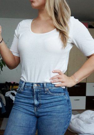 weißes, geripptes Shirt