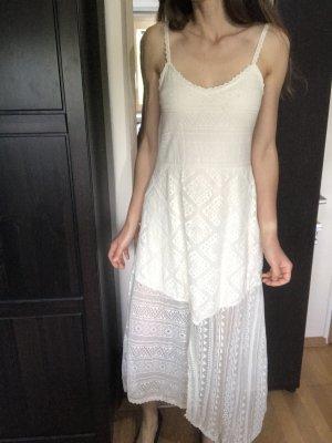 Weißes Häkelkleid, Zara