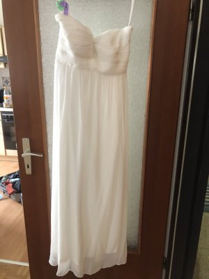 Laura Scott Wedding Dress white