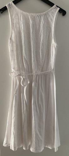 Weißes Kleid in 34