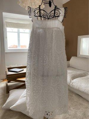 Weißes Kleid Lochspitze