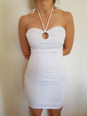 Weißes Kleid schulterfrei